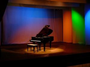 piano-883563_1280